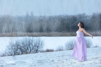 gravid i sne