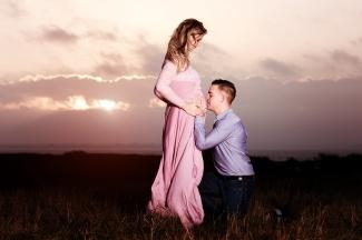 par foto gravid udendørs