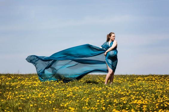chiffon foto kjole som svæver i vinden